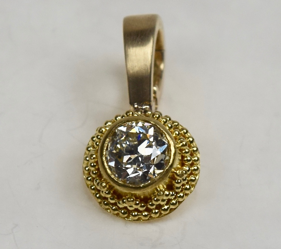22k Gold granulation, Diamond  PN005