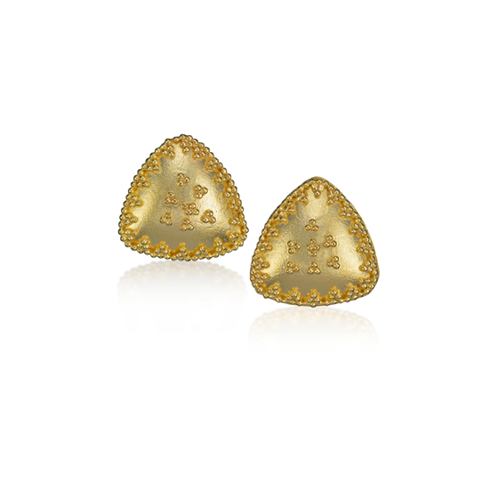22 karat gold earrings with granulation triangle
