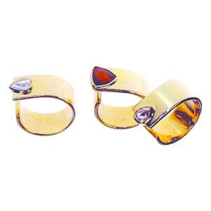 Evy ring 18 karat with diamonds or garnet