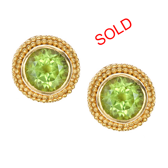 22 karat granulated earrings with peridot gemstone