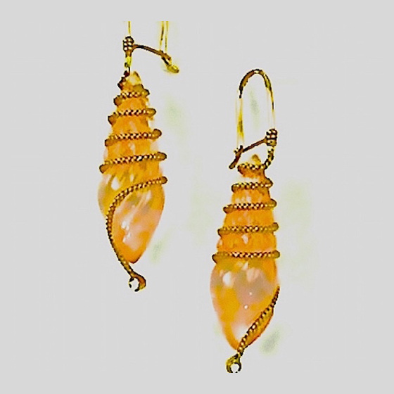 Carved Quartz Earring, 18k gold with diamonds