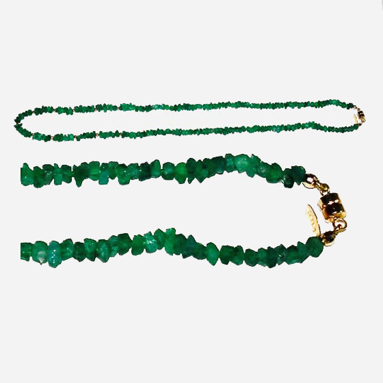 Emerald chip necklace with 14k gold magnetic clasp and beads (# 1403)